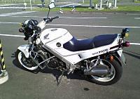 vfr750k-1019-mini.jpg
